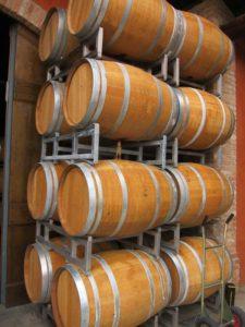 Kulinarische Reise-Piemont-Weinfässer