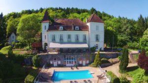 Uebernachten im Schloss-Frankreich-mit Pool