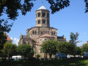 Burgund-Romanik im Süden