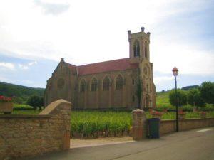 Kulturreise-Burgund-Kirche im Weinberg