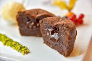 Französisch kochen-Schokolade und Pistazien