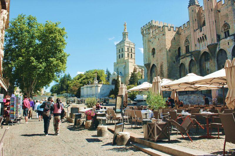 Provence Rundreise-Avignon-Papstpalast