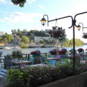 Provence Urlaub-Restaurant in Avignon